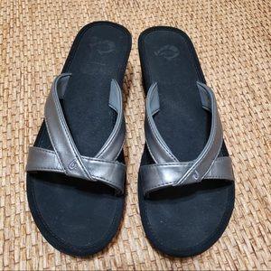 OluKai Ohana Wedge Sandal Size 10